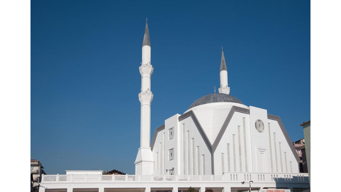 Derince Merkez Camii